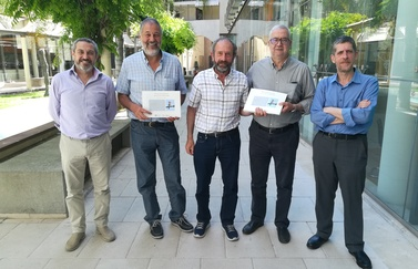 The Institut d'Estudis Baleàrics and the Institut d'Estudis Catalans present a work on bird names in the Balearic Islands